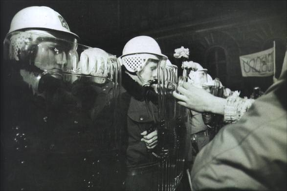 nezna-revolucia-den-boja-za-slobodu-a-demokraciu-6